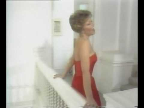 Elaine Paige - I don't know how to love him