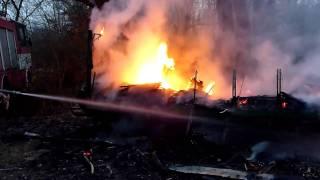 preview picture of video 'Hasenie požiaru na Y-nke /2011/'