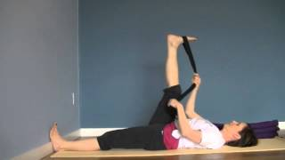 preview picture of video '15-Minute Yoga Flow For Sciatica Relief | Therapydia Rutland'