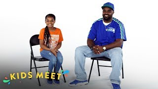 A Girl Interviews her Dad, an Ex-Gang Member | Kids Meet | HiHo Kids