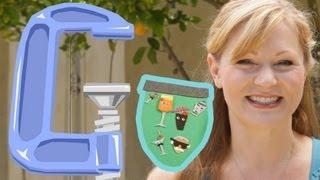 Jenna Busch Crafts Coat Of Arms Banner - Geek DIY - Ep4