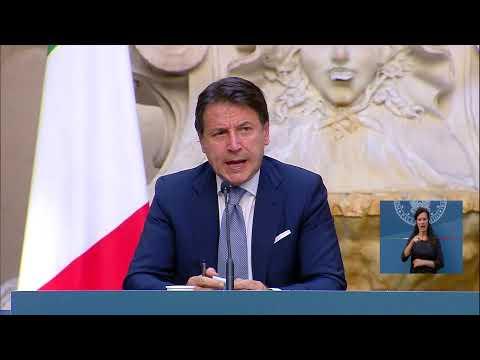 SCUOLA. Conferenza Conte-Azzolina: le misure per la riapertura in sicurezza