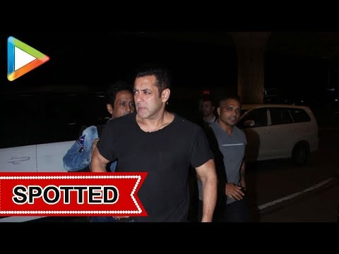 Salman Khan SPOTTED at Airport , Mumbai