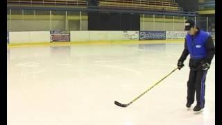 Смотреть онлайн Упражнение катания на коньках для начинающих детей