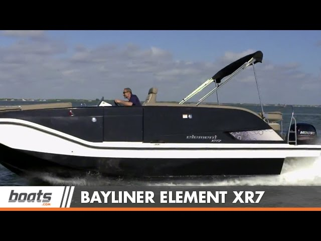 Bayliner Element XR7: Boat Review / Performance Test