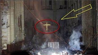Chuyện lạ: Cây Thánh Giá Nhà Thờ Đức Bà Paris không bị ch.á.y và đang chiếu sáng