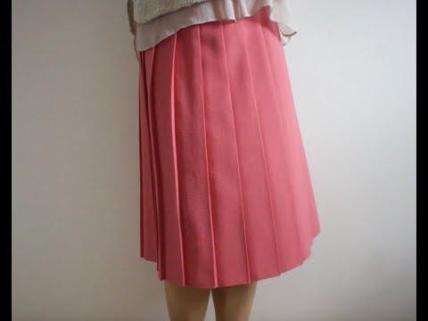 ピンクのプリーツスカート淑女のストリップショー スカートフェチ専用アダルトサイト  スカートの奥から溢れる蜜