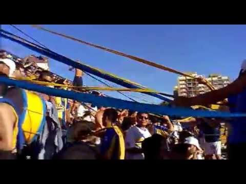 """014atlanta vs acassuso 23/11/13 che funebrero te la dabas de polenta !!!"" Barra: La Banda de Villa Crespo • Club: Atlanta"
