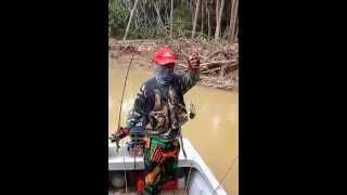 preview picture of video 'Trip FB.GKJK 24 Jan 2015 : Udang Galah Sungai Kelantan Part I.'