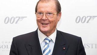 El actor británico Roger Moore, famoso por encarnar a James Bond, ha muerto a los 89 años de edad