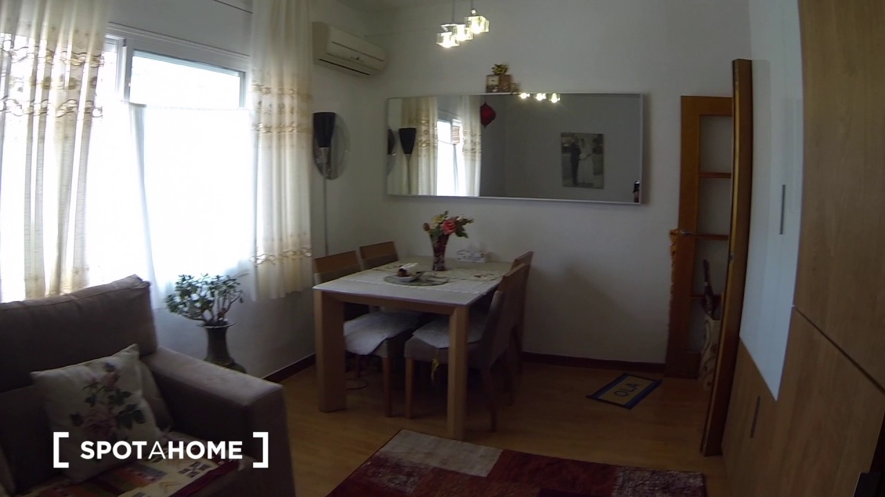 Rooms for rent in bright 4-bedroom apartment in peaceful Sant Andreu district