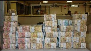 Empresário é roubado e ladrões abandonam carro com R$ 150 mil 19.09.2013
