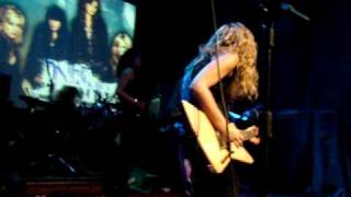 The Donnas - 5 O'Clock in the Morning