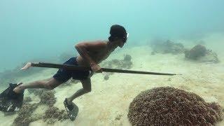 EARTH DAY DIARY – Badjao Spearfishermen, Spearfishing in Bohol, Philippines