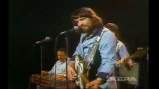 WAYLON JENNINGS – THE TAKER / WE HAD IT ALL (Live In TX 1975)