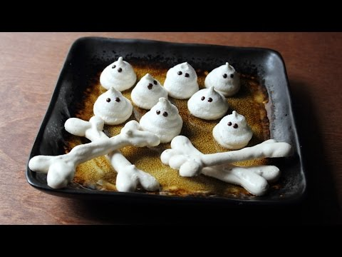 Meringue Bones & Ghosts – Crispy Meringue Halloween Candies