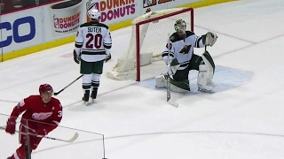Green beats Dubnyk five-hole with one-timer along the ice