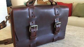 The No. 4313 Minimalist Standard Leather Satchel from Colsenkeane.