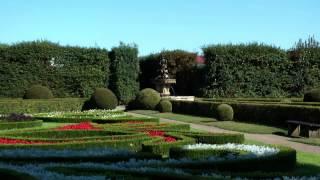 preview picture of video 'KVĚTNÁ ZAHRADA KROMĚŘÍŽ.'