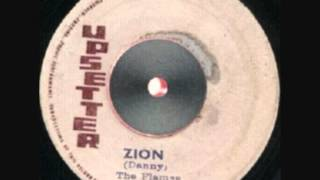 Danny & The Flames - Zion + Version