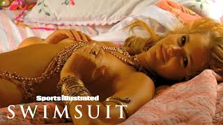 Esti Ginzburg Gets Colorful At Her Photoshoot In India | Sports Illustrated Swimsuit