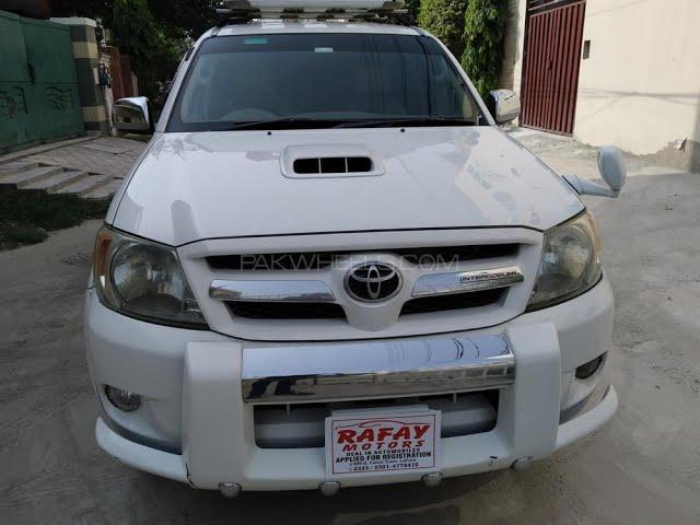 Toyota Hilux Vigo V 2006 for Sale in Lahore