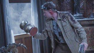 【穷电影】小伙被困古宅,往窗户外丢了个东西,却出现诡异的一幕