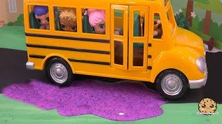 Slime School Bus ! LOL Surprise Doll Play Video - Cookie Swirl C