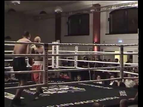 Alexander Rama 21 Jahre (Tirana, Albanien) vs Karim (German Team Boxing)