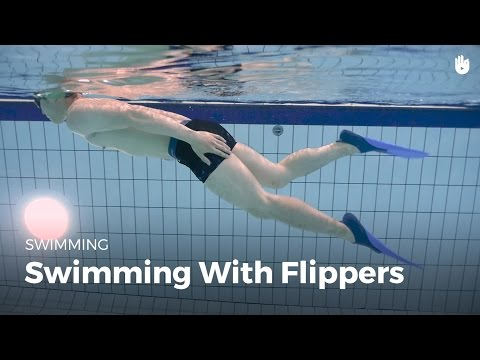 How to Swim with Flippers | Fear of Water