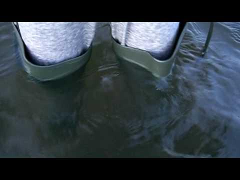 Flooding waders / Watstiefel laufen voll