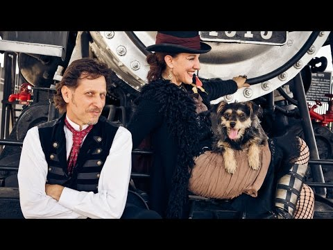 Magicians Sarlot & Eyed captivate Phoenix Audiences nightly