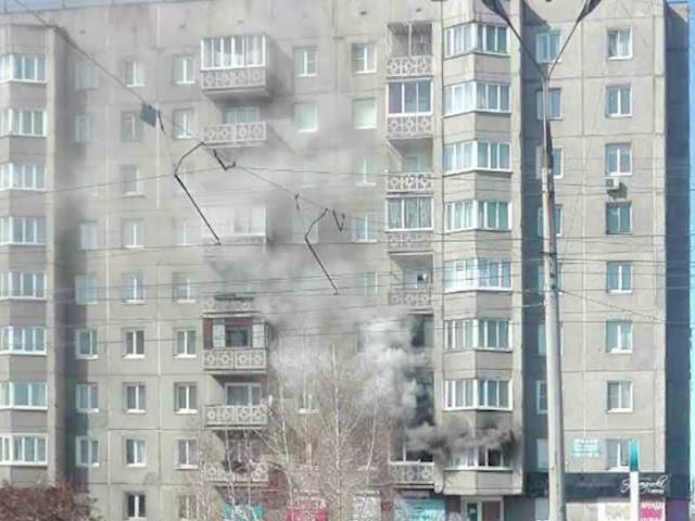 Пожар чуть не уничтожил две квартиры