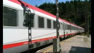 preview picture of video 'ÖBB EuroCity train in Semmering station'