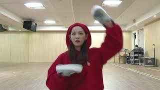 gugudan sejeong king of masked singer imitating mom - TH-Clip