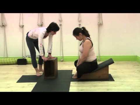 Йога во время беременности (Айенгар йога)