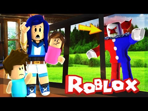CREEPY CLOWN FOLLOWS US AND WON'T LEAVE US ALONE IN ROBLOX!