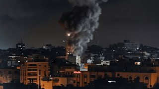 video: Gaza pummelled in fresh Israeli airstrikes as calls for de-escalation go unheeded