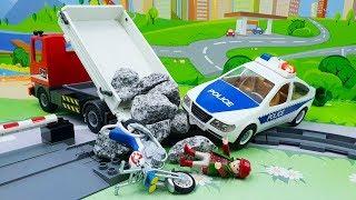Мультики про машинки - Гонки! Видео для детей с игрушками.