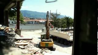 preview picture of video 'Demolizione centro Commerciale Pratilia - Prato (PO)'