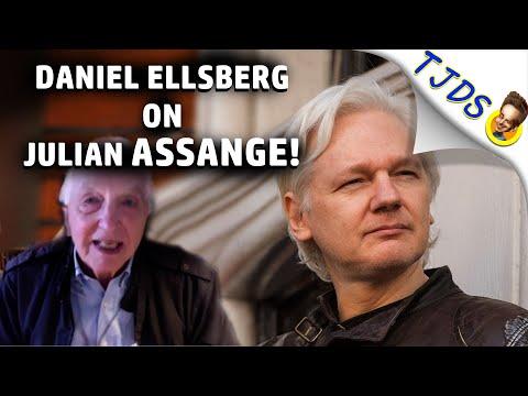 """Daniel Ellsberg on Julian ASSANGE: """"The Press is in DENIAL!"""""""