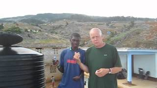 preview picture of video 'AquaDrop Making Safe Drinking Water in Haiti'