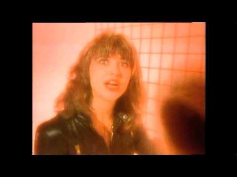 Suzi Quatro - Lipstick (original video)