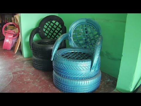 Miles de neumáticos son utilizadas para crear obras de arte