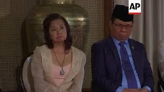Duterte, rebel leader sign deal for new Muslim autonomus region