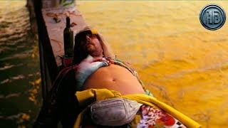 Фильм «Пляжный бездельник» — Русский трейлер [Дубляж, 2019]