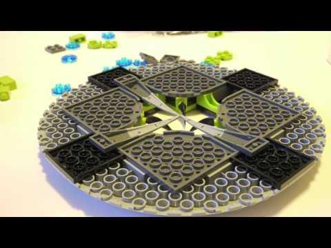 Vidéo LEGO Alien Conquest 7052 : L'OVNI kidnappeur