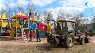 В новгородском парке 30-летия Октября начался демонтаж игрового комплекса «Сказочное королевство»