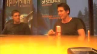 Джеймс и Оливер Фелпс, MuggleNet interviews Phelps Twins at Exhibition in Edmonton, Canada