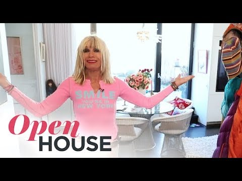 , title : 'Betsey Johnson's New York Apartment'